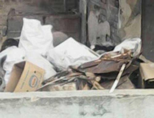 Vertedero de basura y desechos en zona vecinal